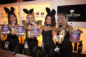 Den Playboy Bunnies gefällt LAW Ibiza Gin & FeverTree Indian Tonic