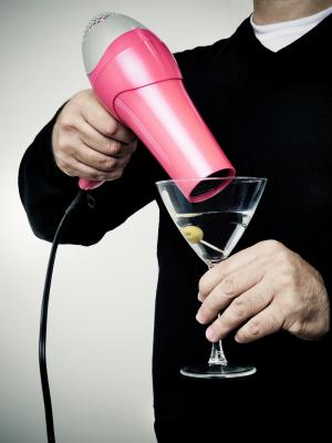 So macht man einen richtig trockenen Martini!